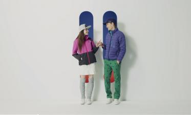 ゴルフウェアのコーディネートを紹介する、アパレルコマース動画
